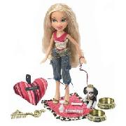 Bratz Pampered Pupz Cloe
