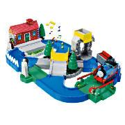 Magnetic Thomas Action Playset